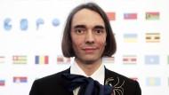 Mathe-Genie und Spinnen-Stylist: Cédric Villani ist jetzt auch im Rat der EU-Weisen.