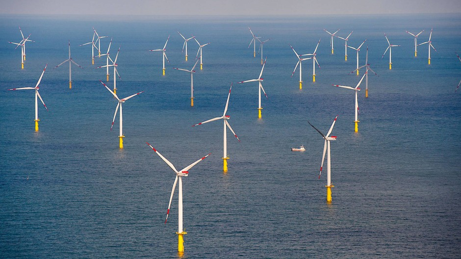 "Der Offshore-Windpark ""Butendiek"", etwa 30 Kilometer vor der Insel Sylt in der Nordsee."