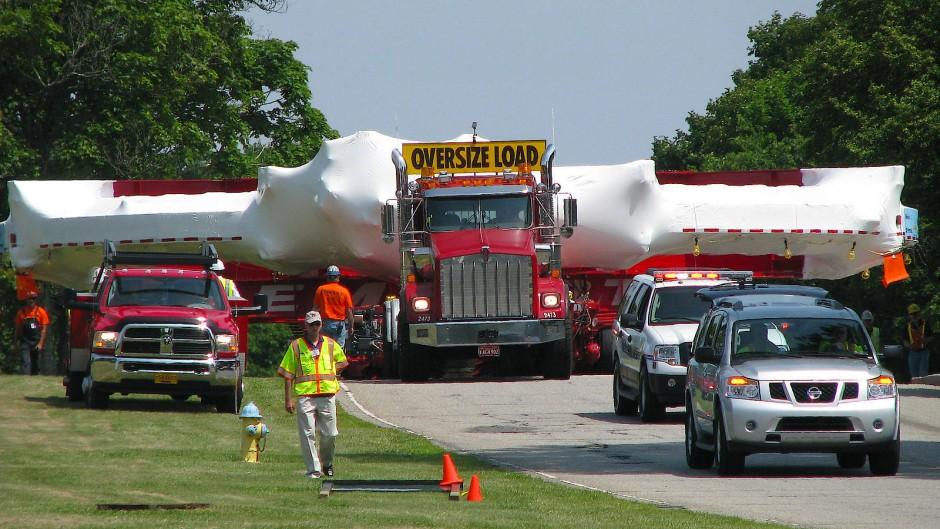 Umzug des Myon-Speicherrings von Brookhaven nach Chicago im Jahr 2013.