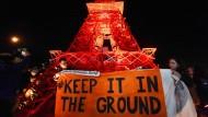 Umweltaktivistenkommen immer wieder aufs Gelände, um zu demonstrieren, wohin die Reise gehen soll.