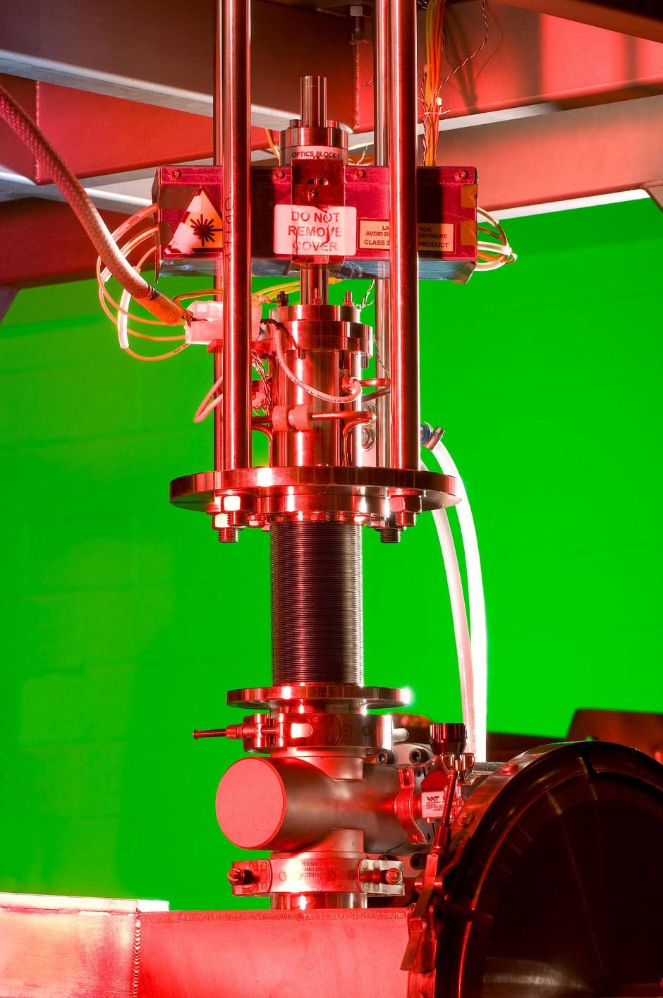 MICE-Experiment: In dem hier geöffneten Abschnitt der Anlage werden Myonen zu einem Teilchenstrahl gebündelt.