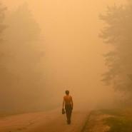 Menschengemacht?  Hitzewelle 2010 in Russland. Die Luft in und um Moskau war mit Ruß und Partikeln aus den tobenden Bränden in der Taiga erfüllt.