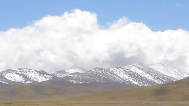 Von Platten geliftet: Tibets Hochebene