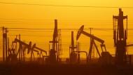 Fracking: Ölpumpen dominieren das Landschaftsbild auch in Kalifornien.