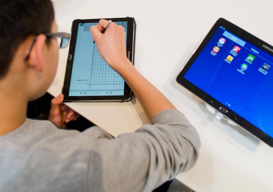 Tablets als Lernhilfe: Standard in der Freizeit, selten aber in deutschen Klassenzimmern.