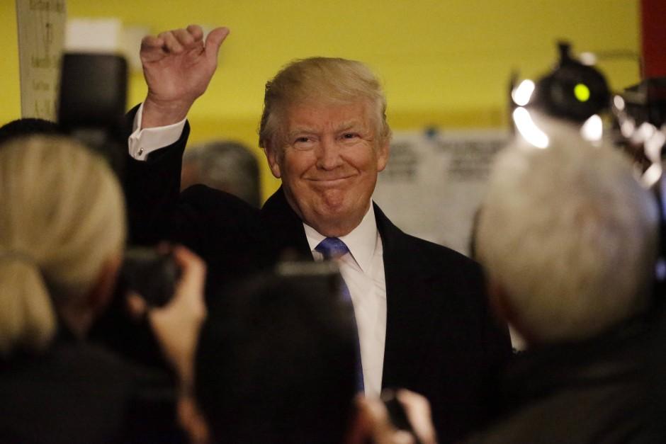 So sehen Sieger aus, die lange Zeit wie sichere Verlierer aussahen: Donald Trump.