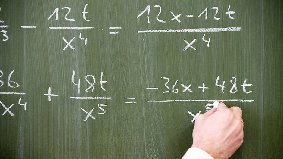 Im Mathematikunterricht werden fehlende Voraussetzungen von Schülern schnell offensichtlich.