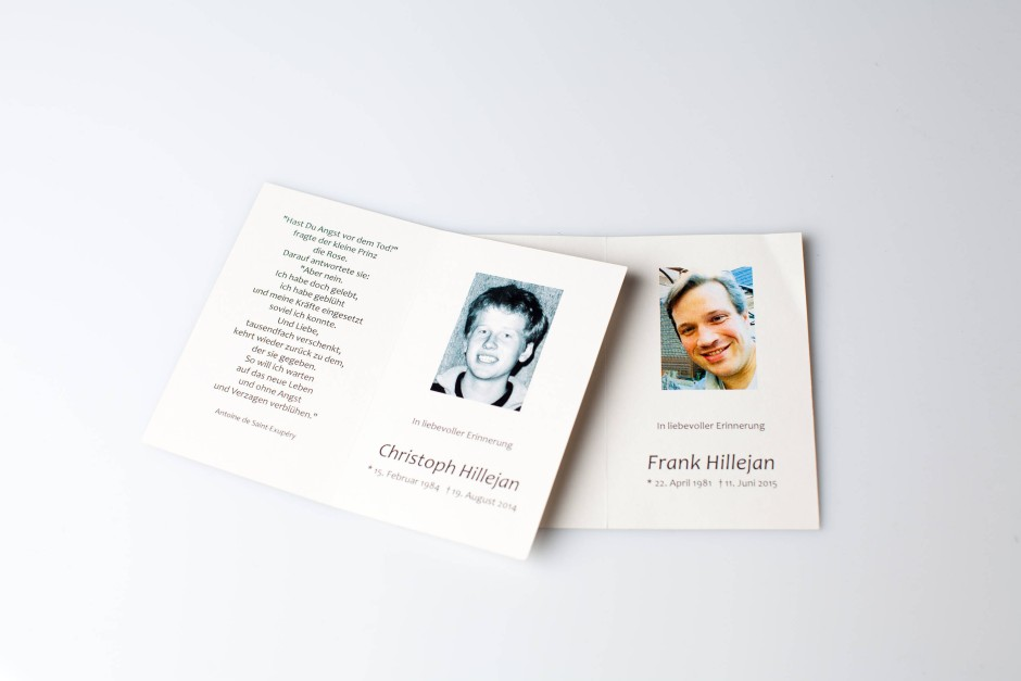 Trauerkarten für Frank und Christoph, die sich im Abstand von zehn Monaten nach langem Drogenkonsum und wiederholten Psychosen das Leben nahmen.