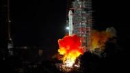 Die Mondsonde Chang'e 4 startet vom Xichang Satellite Launch Center in der südwestchinesischen Provinz Sichuan.