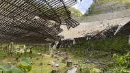 Der Schaden, den ein herabfallendes Kabel am Arecibo-Observatorium angerichtet hat, ist immens.