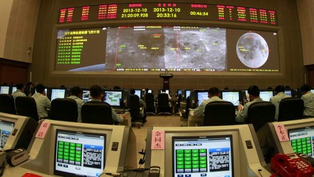 Chinesische Raumsonde auf dem Mond gelandet