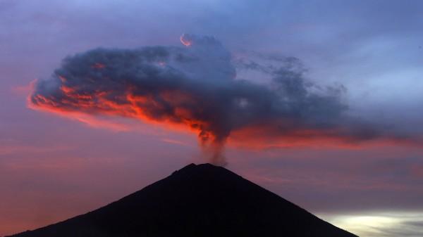 Vulkane Zwischen Vorhersagbarkeit Und Völligem Misserfolg