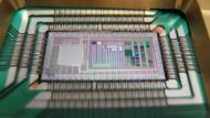 Der D-Wave-Chip: Er soll Optimierungsalgorithmen bieten, ist aber nicht zum Codeknacken geeignet.
