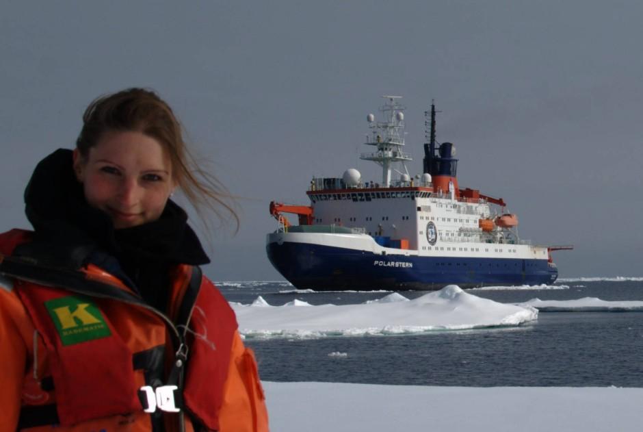 """Die Physikerin und Mathematikerin Ricarda Winkelmann vom Potsdam-Institut  für Klimafolgenforschung, Expertin für fraktale Chaostheorie und Eisschildmodellierung,  war 2010/11 mit dem Forschungsschiff """"Polarstern"""" im Südpolarmeer unterwegs."""