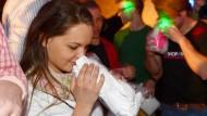 Dass Liebe durch die Nase geht, ist für die Besucher von Pheromon-Partys eine klare Sache