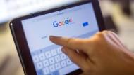 Besonders beim Nachrichtenkonsum über Suchmaschinen entscheiden sich Nutzer für die Seiten, die ihrer Meinung am nächsten stehen.