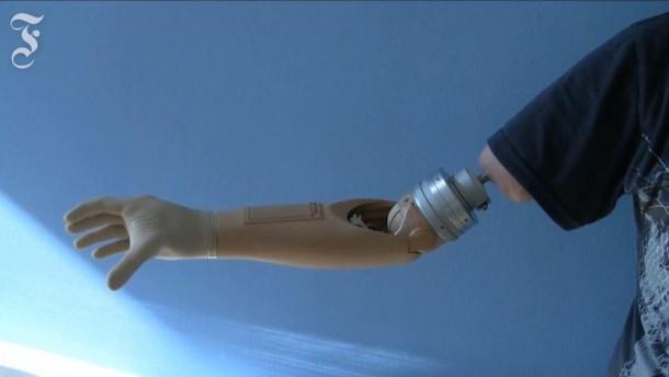 Cyborg-Prothesen: Fühlt sich gut an