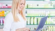 </br> Über das Online-Medikations-Center können Rezepte bequem von zu Hause aus geordert werden.