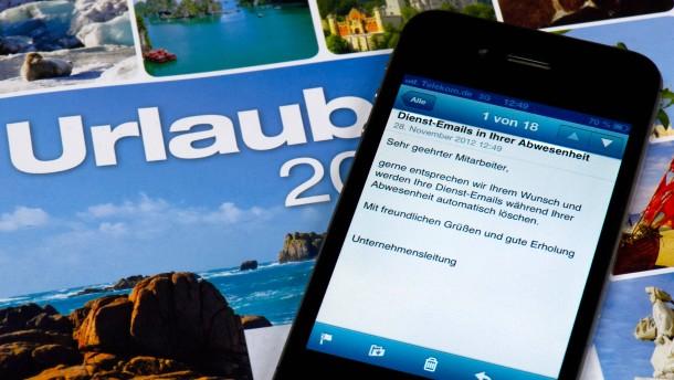 Dienstliche E-Mails im Urlaub