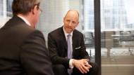 Gerade junge Juristen arbeiteten gern in Übergangsphasen als Projektjuristen, so Olaf Schmitt, Geschäftsführer und Gründer des Personaldienstleisters Perconex.