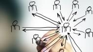 Wer Karriere im Consulting machen möchte, sollte Freude an starker Teamarbeit und wechselnder Projekttätigkeit mitbringen.