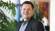 2008 übernahm Erich Harsch nach 27 Jahren Betriebszugehörigkeit die Geschäftsleitung bei dm.