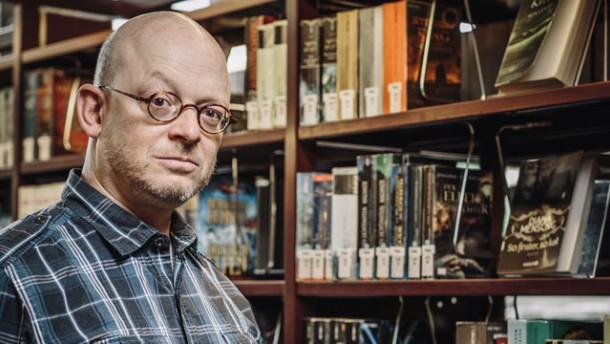 Wie wird man eigentlich Bestsellerautor?  | Im Interview: Timur Vermes