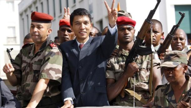 Madagaskars Präsident tritt ab