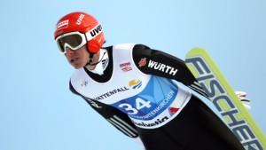 Zehn deutsche Skispringer am Neujahrstag dabei