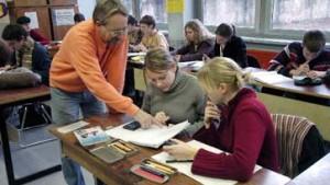 Gymnasien weisen 239 Landkreiskinder ab