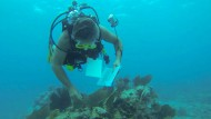 Lehrer leben 73 Tage lang unter Wasser