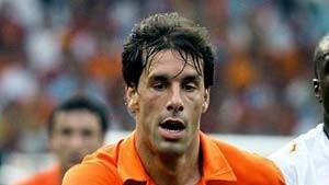 Rummenigge: Van Nistelrooy will zu Bayern