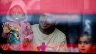Flüchtlingszug kommt in München an