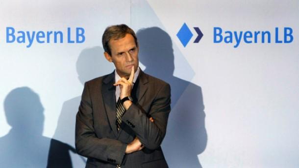 Bayern-LB-Vorstand stellt Vertrauensfrage