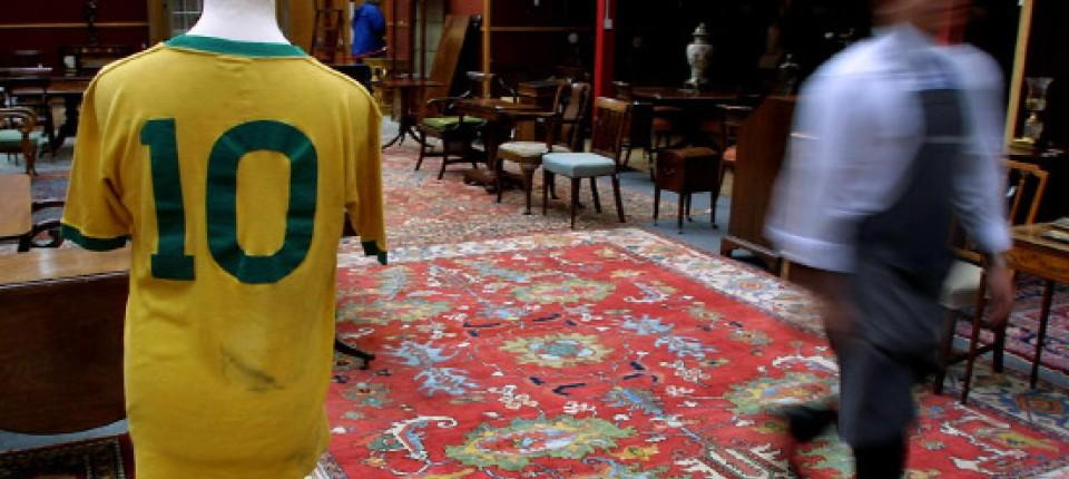 Fußball Sammelstücke Ein Stück Vergangenheit Zu Verkaufen Fußball