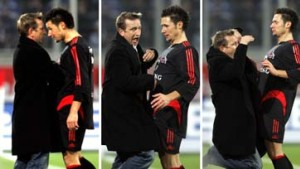 Wieder ein Skandal: Kopfstoß von Trainer Meier