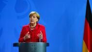 Merkel fordert schnelle Aufklärung bei VW