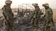 Ein von eigenen Truppen beschossener amerikanischer Konvoi
