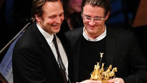 Olafur Eliasson gibt Quadriga-Preis zurück