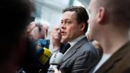Grüne fordern Akteneinsicht und Snowden-Vernehmung