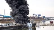 Tödliche Explosion auf Tankschiff