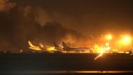 Mehr als 20 Tote bei Angriff auf Flughafen von Karachi