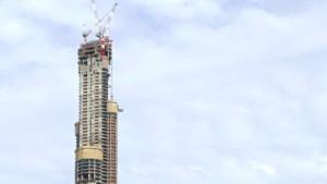 Dubai greift nach den Wolken