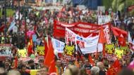 Zehntausende demonstrieren gegen TTIP und Ceta