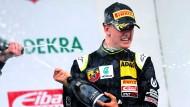 Mick Schumacher gewinnt Rennen