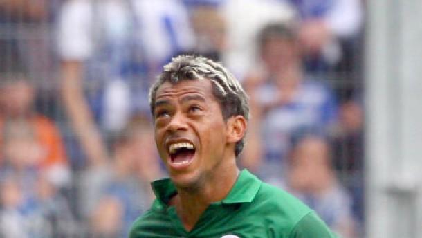 Marcelinho dominiert bei Magaths erstem Sieg