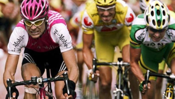 Jan Ullrich gewinnt die erste Etappe der Tour de Suisse