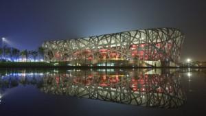 Pekings Olympiastadion leuchtet in Caparol