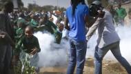 Schüler mit Tränengas beschossen