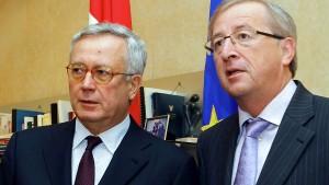 Italien spielt Politiktheater am Rande des Abgrunds
